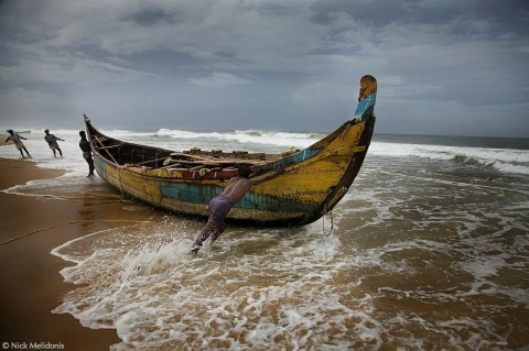 Kerala-fishermen-fishing